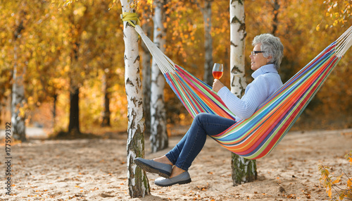 Plakat beztroski senior life
