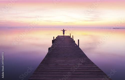 Photo sur Aluminium Caraibes niño solo retando al cielo