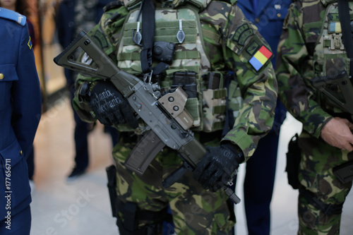 Poster Militaire Armed romanian soldiers
