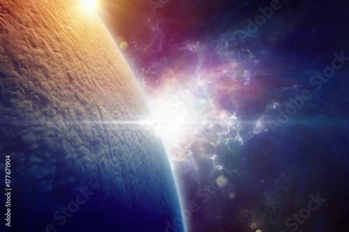 po-wojnie-nuklearnej-planeta-ziemia-jest-calkowicie-pokryta-chmurami