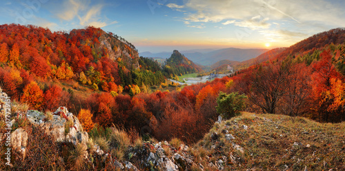 Obraz Autumn panorama landscape at sunset in Slovakia, Vrsatec - fototapety do salonu