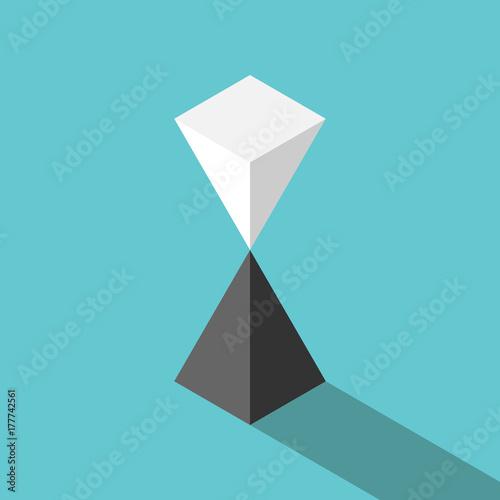 Fotografia Pyramids, unstable equilibrium