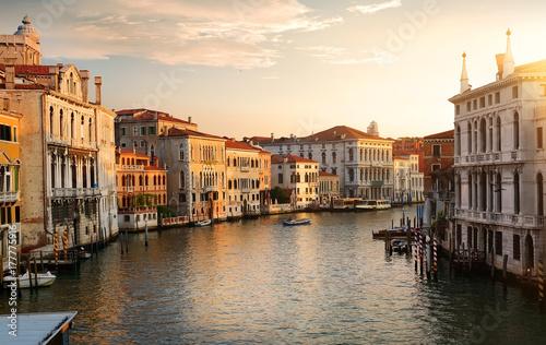 Spoed Fotobehang Gondolas Venice at the dawn