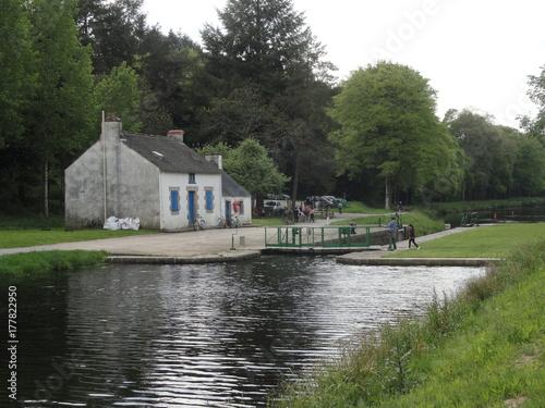 Photo Ecluse du Minazen, le long du Blavet, commune de Languidic (Morbihan)