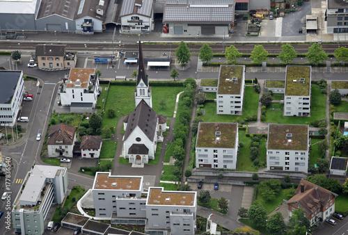 Fotodibond 3D Widok z lotu ptaka na Horn na Jeziorze Bodeńskim (Szwajcaria) z kościoła, budynków mieszkalnych i linii kolejowej