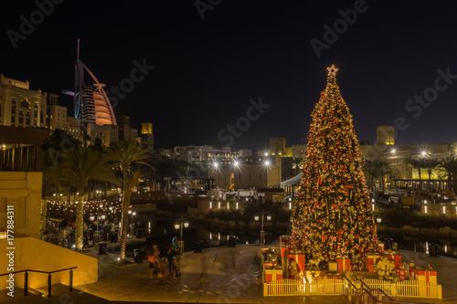 Photo  Christmas time in Dubai, UAE United Arab Emirates