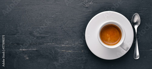 Photo  Espresso coffee On a wooden background