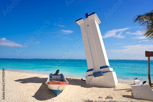 Puerto Morelos bent lighthouse Riviera Maya Canvas-taulu