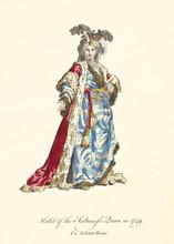 Turkish Queen In Traditional D...