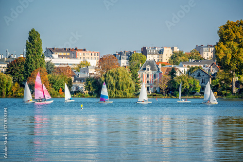 Photo  Sailing boats on the lake of Enghien les Bains near Paris, France