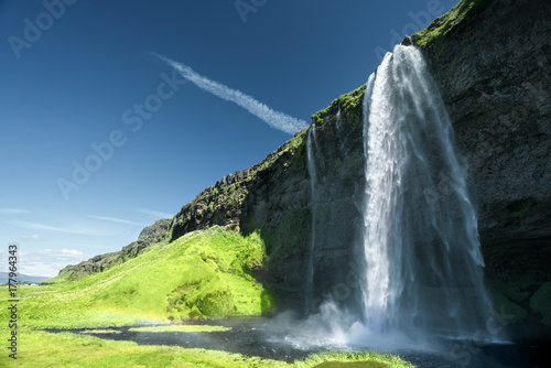 Poster Bleu nuit Seljalandfoss waterfall in summer time, Iceland