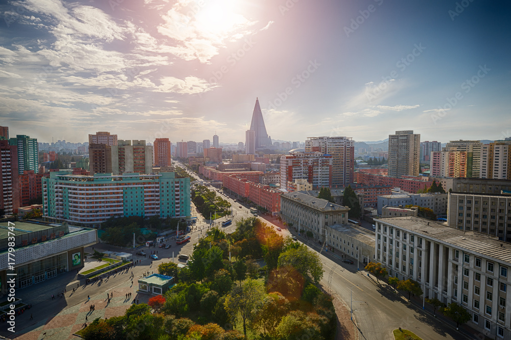 Fototapety, obrazy: PYONGYANG,NORTH KOREA-OCTOBER 13,2017:Panorama of the city from the top point