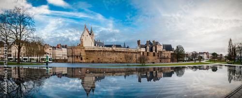 Montage in der Fensternische Grau Château des Ducs de Bretagne