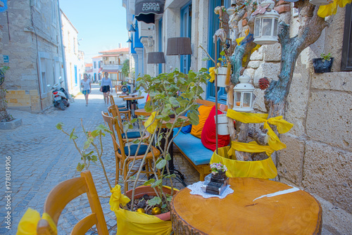 In de dag Illustratie Parijs HDR Image-Unidentified people walking at Alacati charming Streets , a popular destination for traveling and vacation in Izmir,Turkey.26 August 2017.