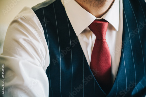 Bridegroom details
