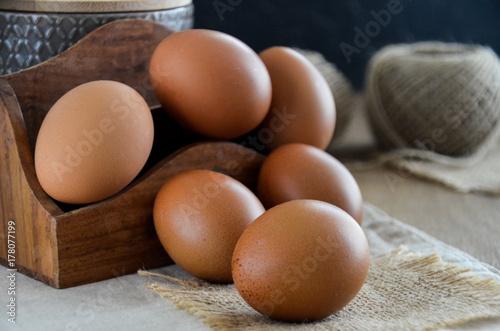 Plakat Jajka z surowego organiku