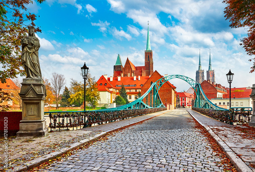 Cathedral Island in Wroclaw Poland green bridge with view Fototapeta