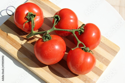 помидоры        © sofia30