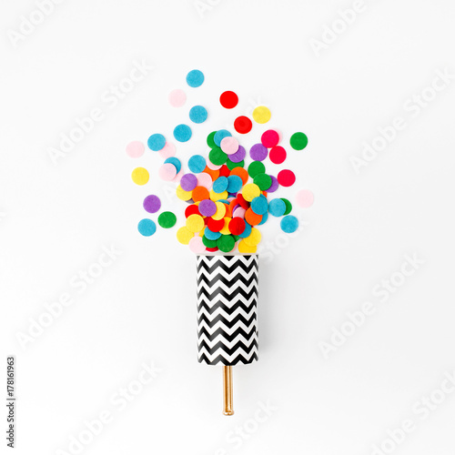 Obraz Confetti Poppers - fototapety do salonu