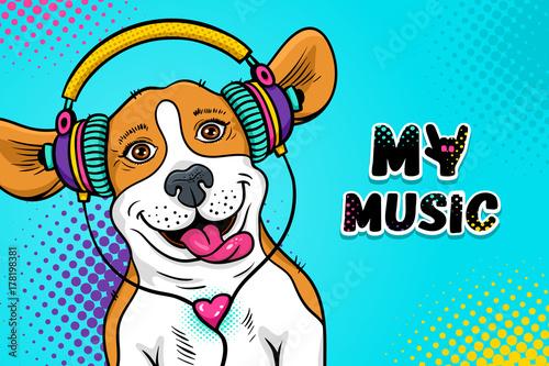 Wow pop-artu twarz psa. Śmieszny szczęśliwy zdziwiony psi beagle z otwartym usta z jęzorem w kolorowych hełmofonach słucha muzyka. Ilustracja wektorowa w stylu komiks kreskówka. Zaproszenie na przyjęcie plakat.