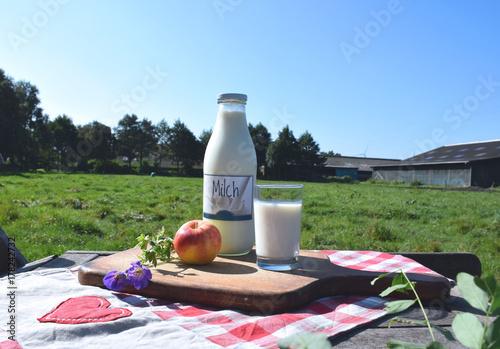 Fototapeta Zdrowe mleko