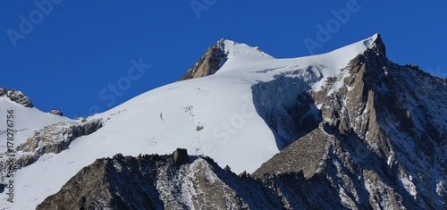 Fotobehang Gletsjers Zenbaechen glacier and mount Geisshorn. Scene in Valais, Switzerland.
