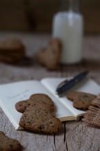 Spelt, Corn And Buckwheat Cookies