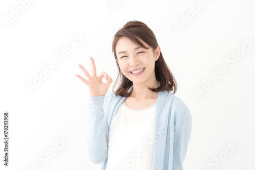 Fototapeta  OK・若い女性