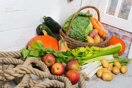 Keuken foto achterwand Groenten variety of raw vegetables on the wooden table