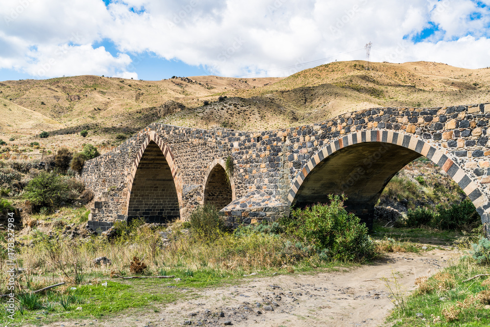 Fényképezés  Ponte di Saraceni, near Adrano, Sicily, Italy