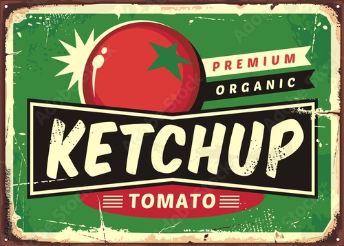 Photo Ketchup retro sign with juicy tomato on green background