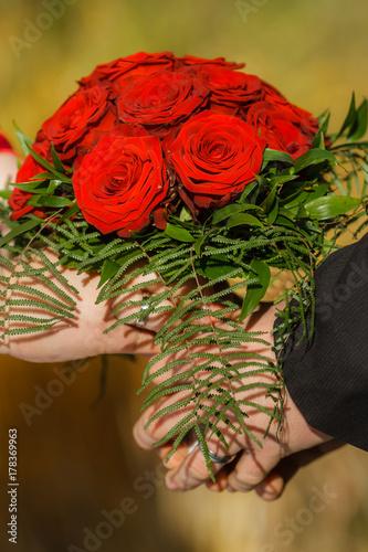 Rote Rosen Als Brautstrauss Zur Hochzeit Buy This Stock Photo And