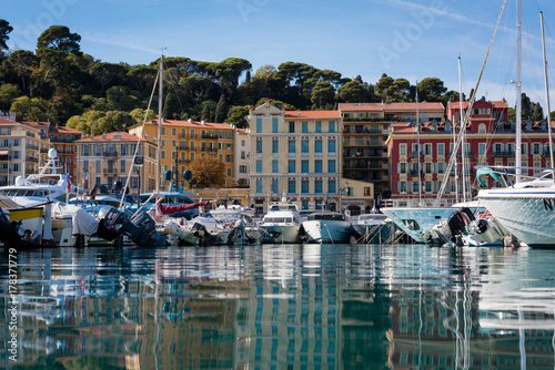 Deurstickers Toscane Port of the French city of Nice