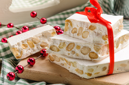 Dolci Di Natale Torrone.Torrone Dolce Di Natale Buy This Stock Photo And Explore