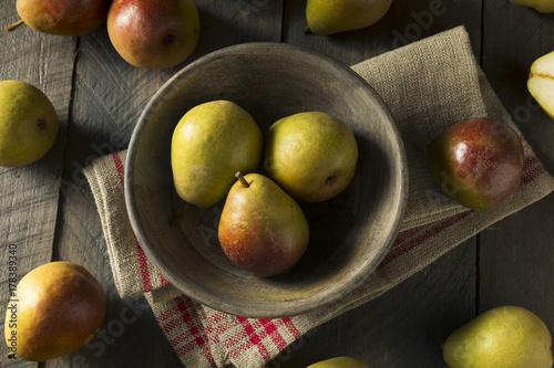 Photo Raw Green Organic Seckel Pears