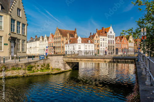 In de dag Brugge Bruges (Brugge) cityscape with water canal