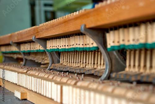 Zdjęcie XXL Drewniane młotki fortepianowe