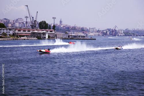 Plakat Wyścig łodzi na morzu w złotym róg, Stambuł