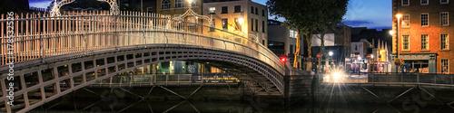 Fotografia  Bridge in Dublin