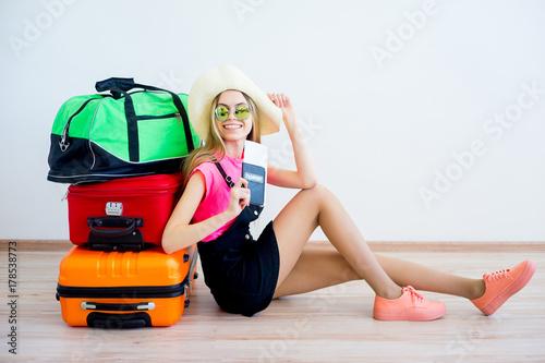 Zdjęcie XXL Dziewczyna na lotnisku