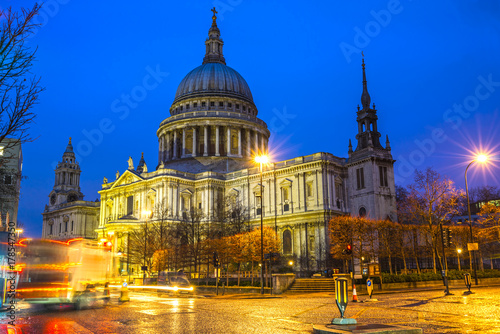St. Pauls cathedral, London, UK