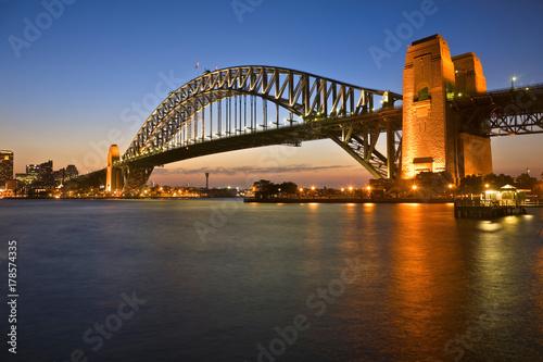 Staande foto Sydney Sydney Harbour Bridge at Twilight