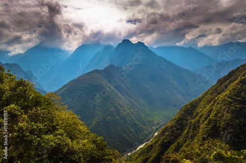 inca-trail-peru-03-sierpnia-2017-dziki-krajobraz-inca-trail-peru
