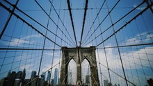 Manhattan, Brooklyn Bridge Wiring
