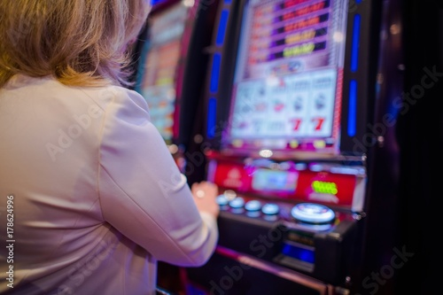 Woman Playing in the Casino Obraz na płótnie