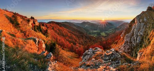 Deurstickers Landschappen Autumn panorama landscape at sunset in Slovakia, Klak