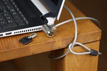 ノートパソコンの盗難防止