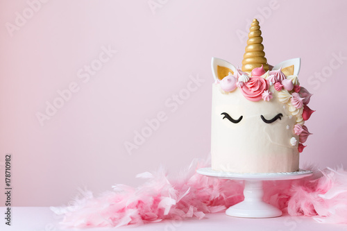 Unicorn cake on a cakestand
