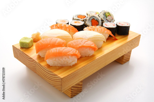 Staande foto Sushi bar salmon sushi set. Japanese food
