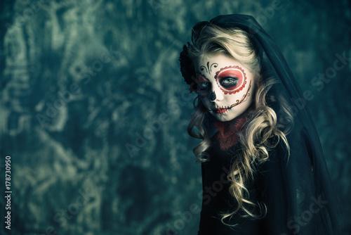 Spoed Fotobehang Halloween child girl Catrina